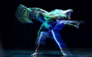 Photo « TranscenDanse », chorégraphie de Russell Maliphant